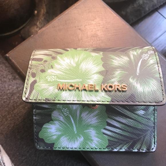 93ef925e00b447 Michael Kors Bags | Authentic Mk Saffiano Palm Leaf Ccid Keychain ...